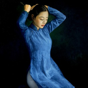 Lady in blue dress-chinh